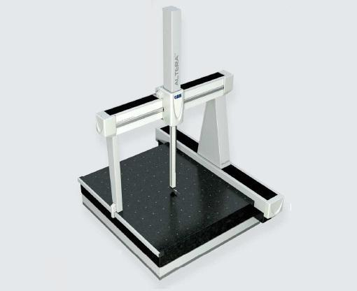 Machine à mesurer tridimensionnelle ALTERA M
